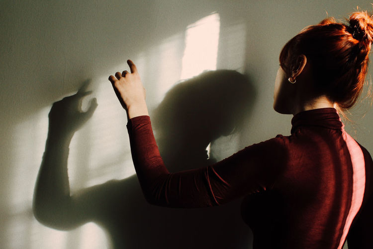 Women Shadow Focus On Shadow Long Shadow - Shadow Silhouette Human Finger Abstract Window Finger Optical Illusion