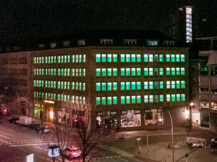Go-west-photography.com Urban Building Building Exterior Green Color Green Green Door Berlin Berliner Ansichten City Travel Nightphotography Illuminated Taxi Street Wilmersdorf Germany