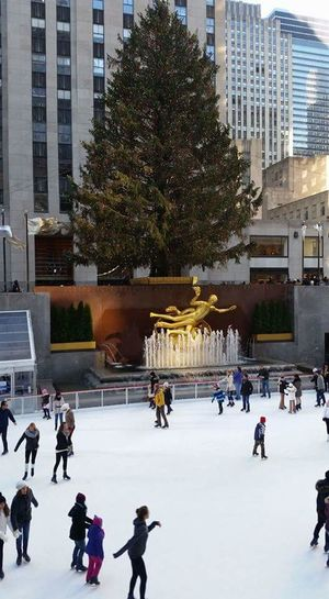 30 rock at Christmas Winter Ice Rink Ice-skating Nbc Christmas Tree