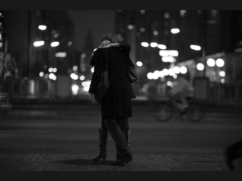 Couple Nightphotography Urban Life Street Portrait