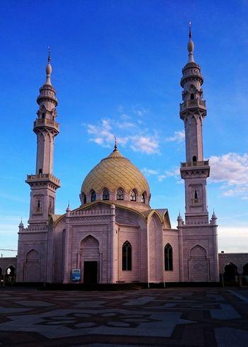 Белая мечеть Architecture Religion Famous Place Tourism History Arch Sky Mosque мечеть мусульмане татарстан болгар Болгары Булгария