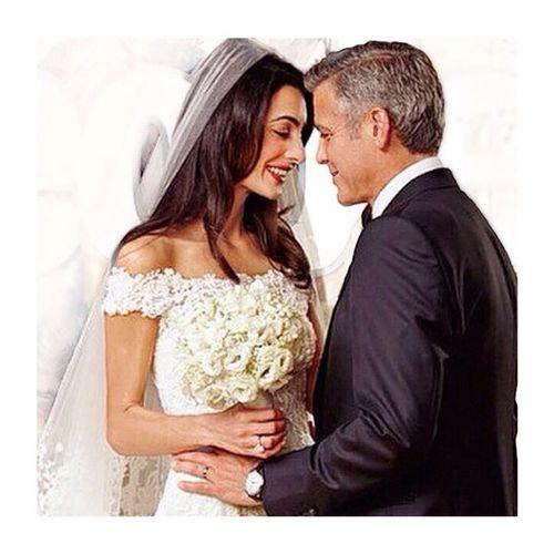 Yakışıklı aktör George Cloney evlendi. Georgecloney Georgewedding Georgecloneywedding Wedding actor handsome