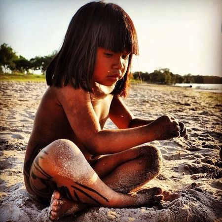 Hello World -Save Xingu!!! Beatiful baby!!!