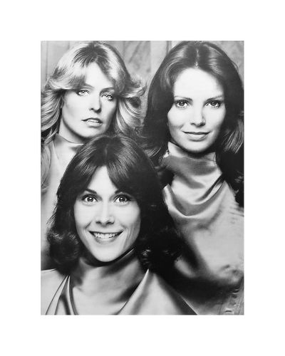 Drôles de dames Jaclyn Smith Farrah Fawcett Kate Jackson Paris ❤ EyeEm Best Shots Premium Collection EyeEmBestPics Galerie Cinema De Medicis Gallérie Art Galerie Sophie Scheidecker EyeEm Best Shots Autour De Vous Portrait Looking At Camera Transfer Print Women Smiling Headshot Young Women Indoors  Auto Post Production Filter Multiple Image Young Adult Adult People Female Likeness Beautiful Woman Beauty Digital Composite Studio Shot Happiness Close-up