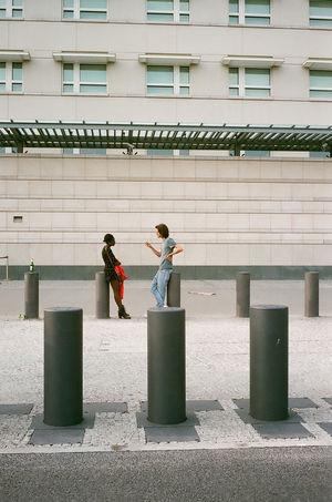 35mm 35mm Film Everybodystreet Filmisnotdead Fujifilm Leicam6 Streetphotography Superia400