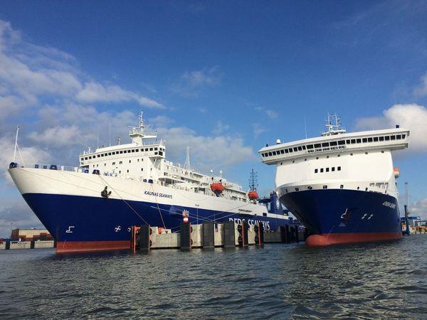 Ferry Ship back to Klaipeda PolLitLett2015