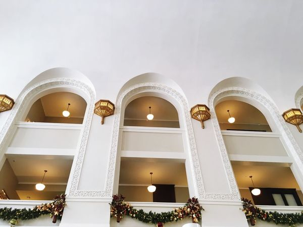 Downtown Denver Christmas Decorations Old Train Station Arches Architecture Old Buildings Seeing The Sights The Crawford Hotel Denver