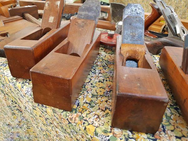 Jointers in a flea market Wooden Wooden Tools Toolls Jointers Fleamarket Flea Market Vintage Objects Obsolete Technology Obsolete Objects Carpenter