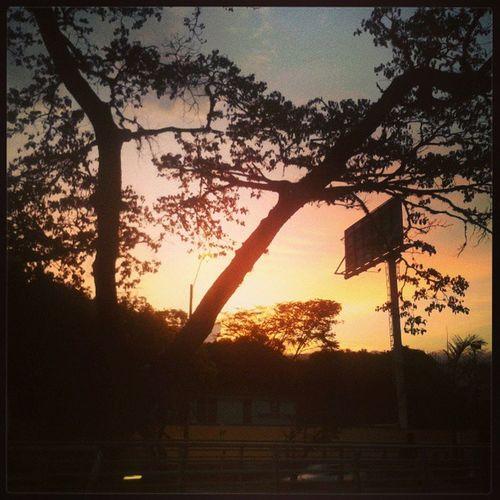 Las tardes en mi cali. Sunset CaliColombia