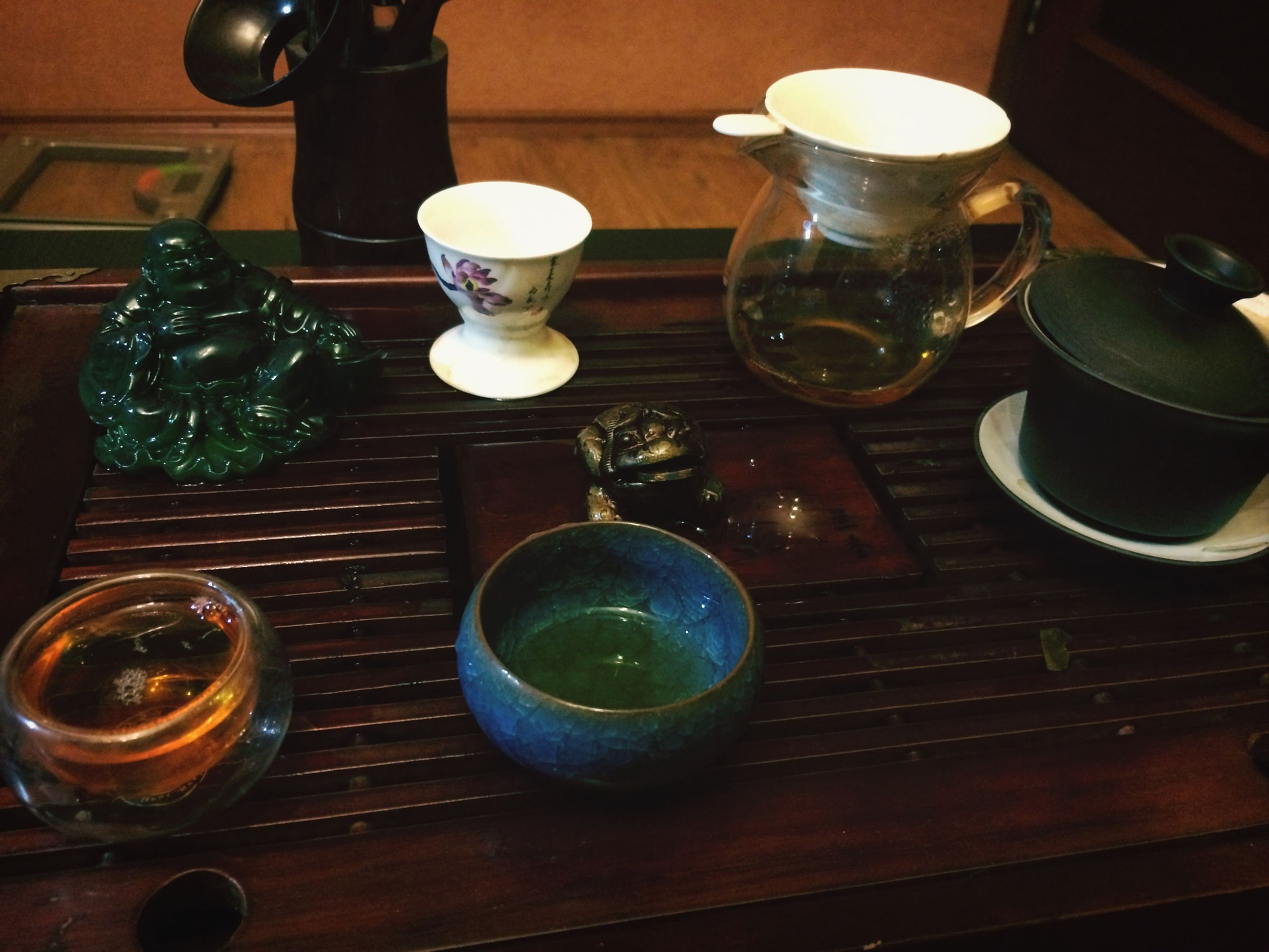 indoors, table, food and drink, drink, still life, refreshment, freshness, drinking glass, glass - material, high angle view, wood - material, coffee cup, cup, saucer, tea cup, no people, plate, jar, coffee - drink, variation