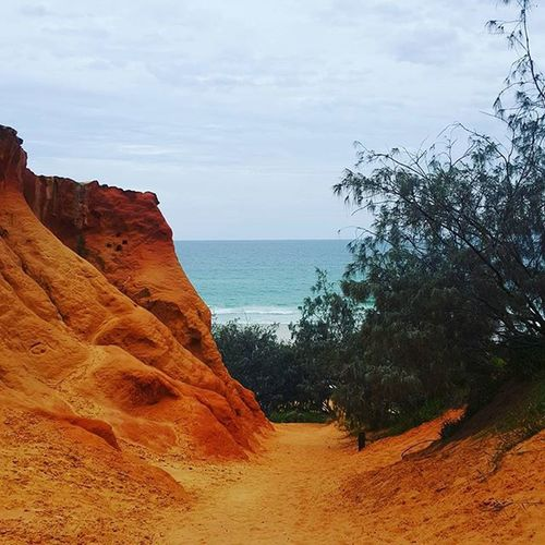 Double island point 👌 Redcanyon Colouredsands Pretty Amazing Views Adventures 4wding Nature Colours Onpoint Beach 4wding @rachael.ayres @callumvanakkeren @prochester