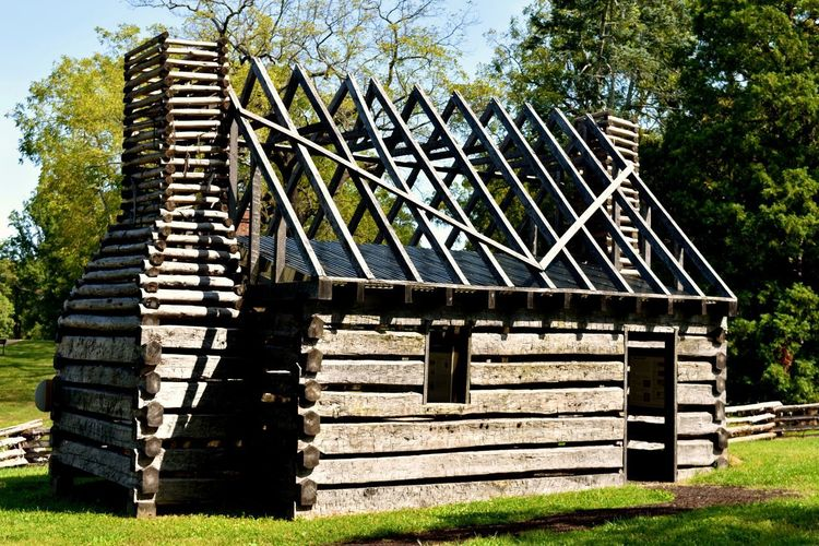 James Madison Montpelier Historic Building Montpellier Slave Houses Slave Quarters Slavery Architecture Built Structure Day Nature No People Outdoors Tree Wood - Material Wooden House Wooden Structure