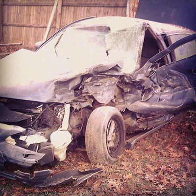 This is what the car looked like... Oct.24th 2006 after that lady hit me!