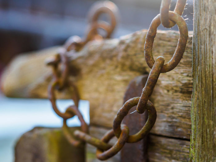 Chain Focus On Foreground Metal No People Old Rusty Selective Focus Strength Olympus OM-D E-M5 Mk.II