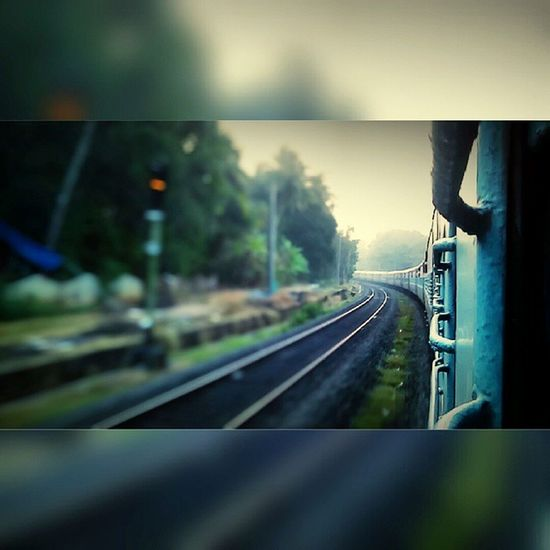 Train Signallights Indianrailways Southernrailway Longtrain Randomclick Blue Outofwindow _oye _soi India_ig Ig_india Indiapictures