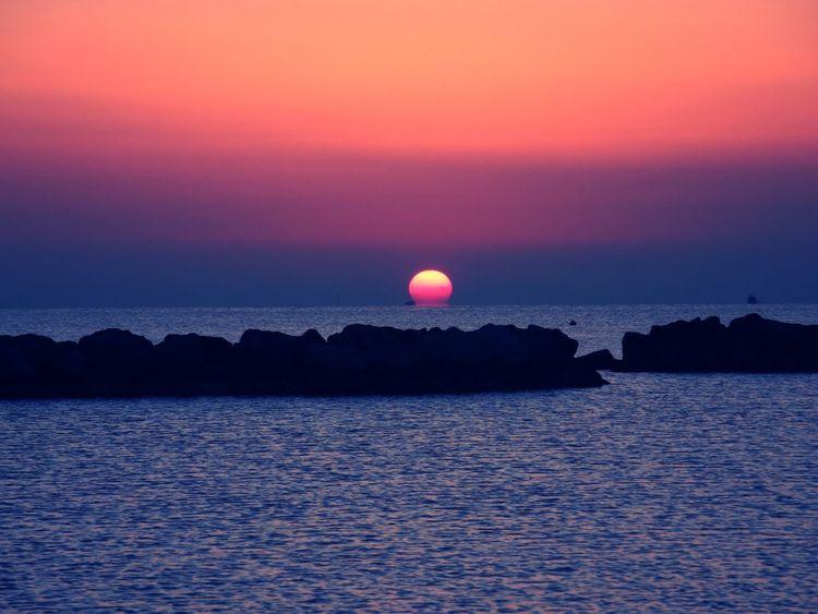 Tramonto Mare Reflected Glory Italia Italy Morning Sun Emiliaromagna Bellariaigemarina Spiaggia New Talents Landscape Landscape_Collection