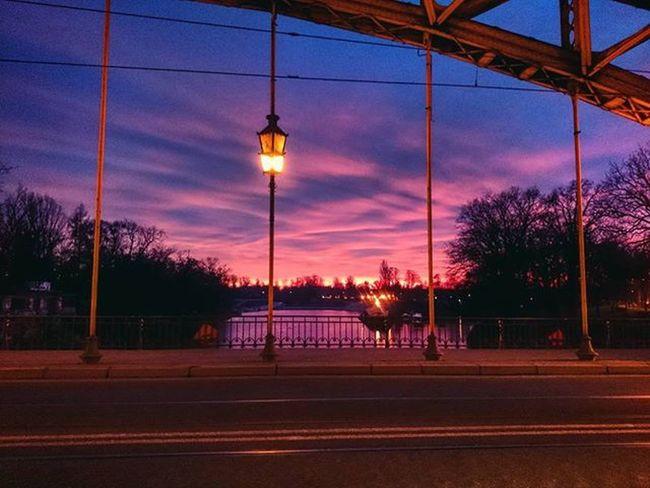Wroclaw Igerswroclaw Most Zwierzyniecki Mostzwierzyniecki Odra Zachod Niebo Krwawyzachod Bridge Sunset Bloodysunset Redsunset Sky