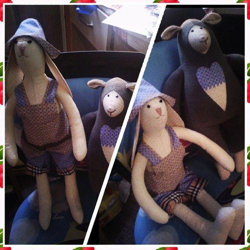 Каждый сходит с ума по-своему... Сказала Наташа и начала шить куклытильды ... Мой дебют )))