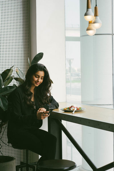 EyeEmBestPics Long Hair Person Way2ill Eyeem Dubai Human Face Justshoot Lifestyles EyeEm Gallery Photooftheday FreshonEyeem Fatalframes PersuitOfPortraits Beauty Portrait Casual Clothing Day Young Women