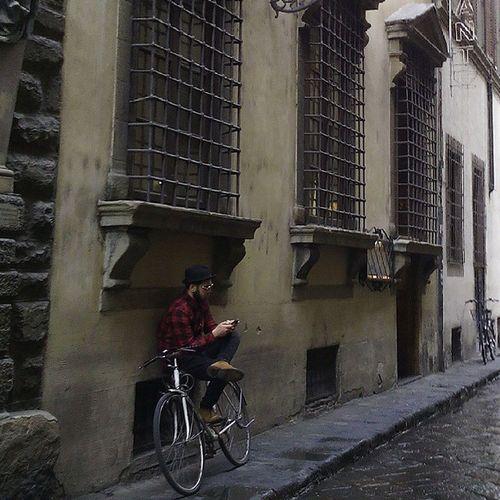 Bicycleagainsthewall Igerstoscana Igersfirenze Discovertuscany