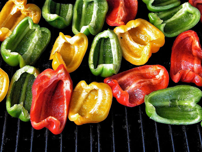 Roasting Peppers Red Peppers Yellow Pepper Green Peppers Roasting Peppers Vegetable Pepper Healthy Eating Still Life Bell Pepper Food Barbecue Grill