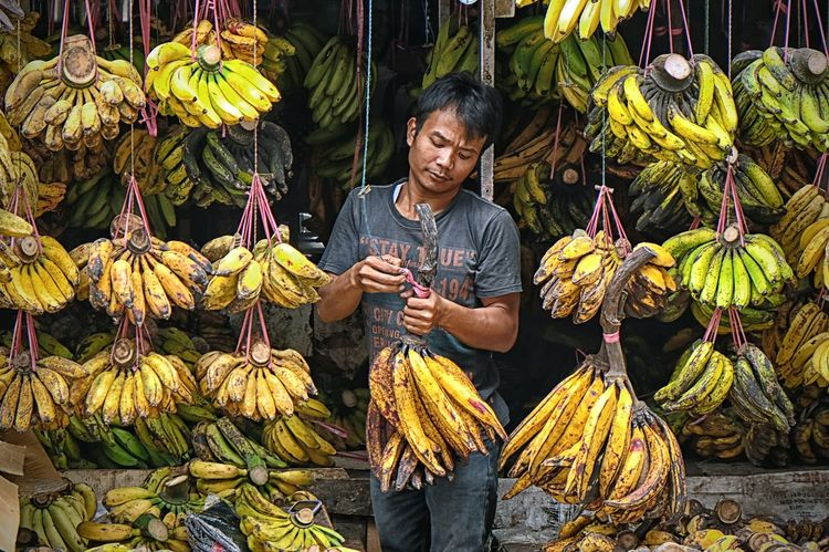 Traditional Market Market Bananas Handle With Care Small Business Abundance Daily Life
