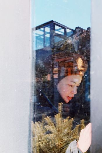 Smiling Christmasintheair ChristmasIsComing PhonePhotography Glass - Material Reflection Real People Transparent One Person Portrait