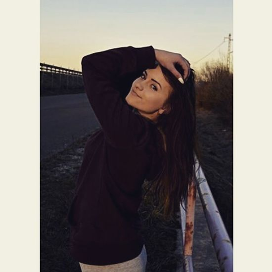 Bang bitch. Likeforlike #likemyphoto #qlikemyphotos #like4like #likemypic #likeback #ilikeback #10likes #50likes #100likes #20likes #likere Slovakgirl Follow4follow Me