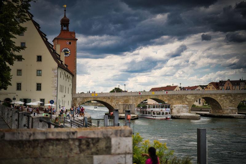 Brücke Water