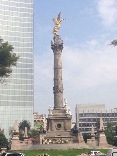 Ciudad de México Historical Sights Tourists Enjoying Life