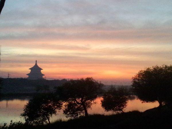 My Smartphone Life Surabaya In The Morning Budha Tample In Siluet