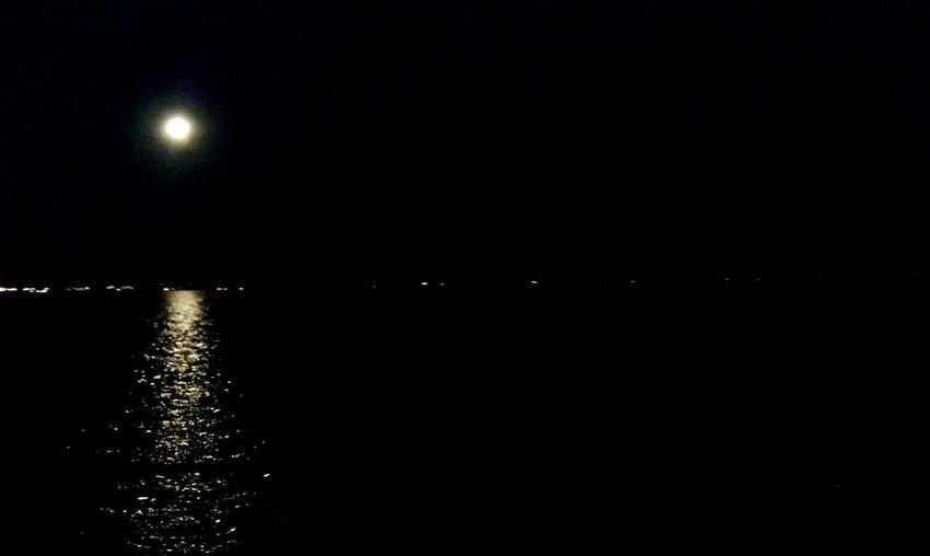 Moon Light Sea