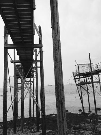 2017 Sea Water Built Structure Outdoors Sky No People Black&white Black And White Photography Black & White Blackandwhite Photography Black And White Blackandwhite Black And White Collection  Fishermen's Life Carrelets Charente-Maritime