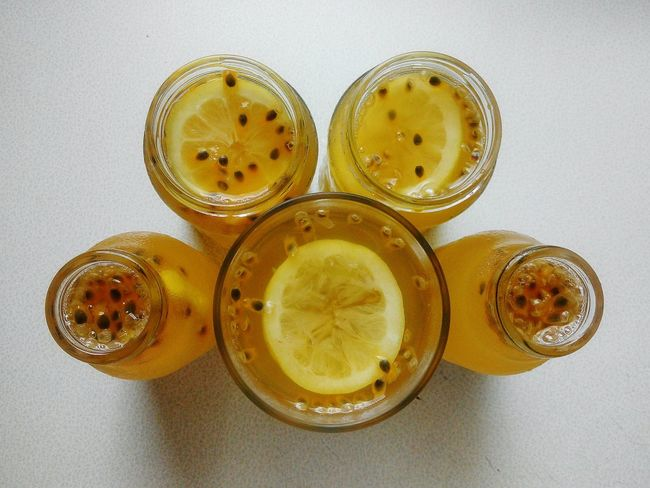 Make some Fresh Drink for my friends ..Cheers..🍻 Passion Fruit with Lemon