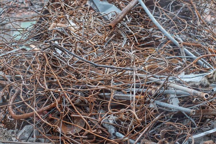 Pattern Pieces Demolition Demolished Demolition Site Demolition Zone Steel Pattern Patterns Decay EyeEm Best Shots Rusty Rust EyeEm Gallery EyeEm EyeEm Italy Reinforced Concrete Reinforcements