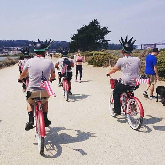 USA 👏😐 Boys Bikes Patriotism America American Flag Pride Sanfrancisco Thetourist The Tourist