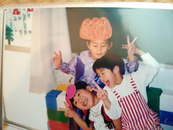 僕にもこんな可愛い時がありました笑 幼稚園 ハンとスー たぶん 田舎 ひまい いつもは帰りたくないと思うけど、今回は帰りたい