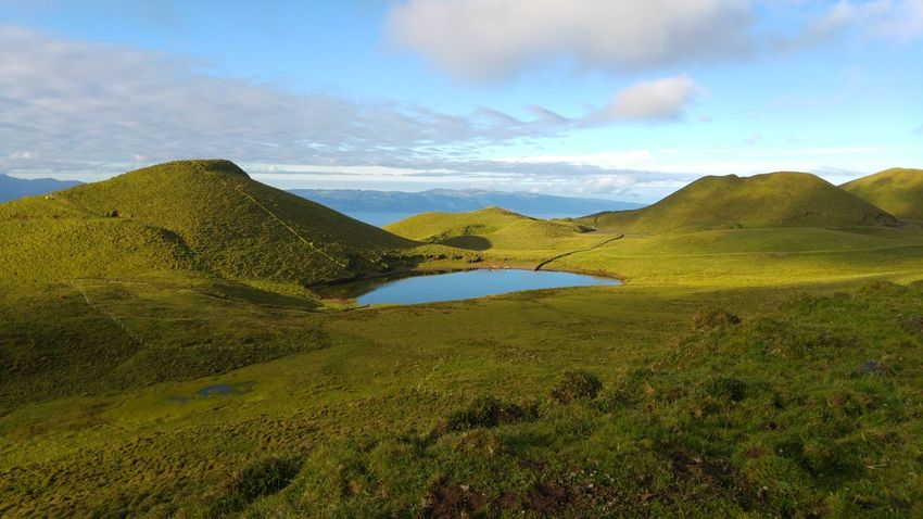 Pico Island Green Grass Lake View Sao Jorge Island Sunny Day Ocean Atlantic