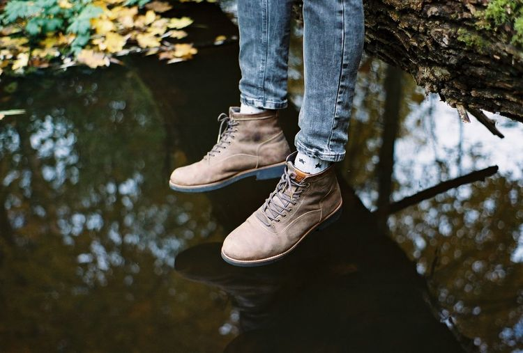 35mm 35mmfilmphotography Analogue Photography Autumn Autumn Leaves Boots Film Ishootfilm Pond Reflection Analog Boys Casual Clothing Close-up Film Photography Filmisnotdead Human Foot Human Leg Lifestyles Nature Outdoors Pentax Real People Shoe Water