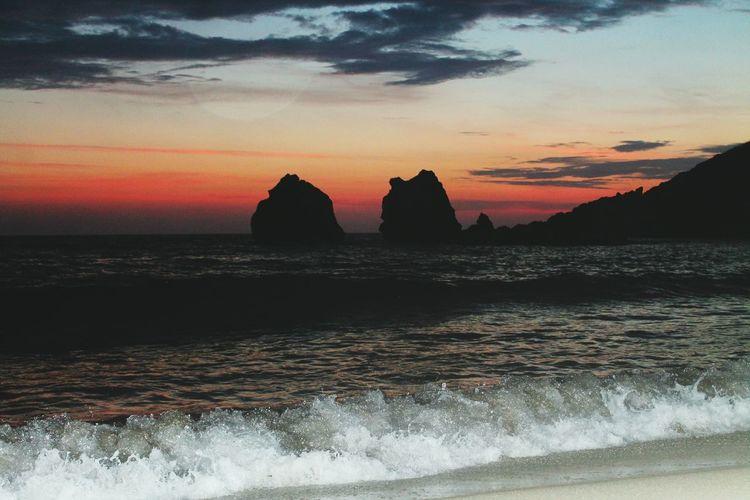 Sunset Sea Landscape Nature Photographer Manzara Naturephotography Hayatakarken Photooftheday Beach Cloud - Sky First Eyeem Photo Sky Travel Destinations Sand No People Happiness Doğa Temiz Hava Misss Doğalyaşam Outdoors Scenics Horizon Over Water Day