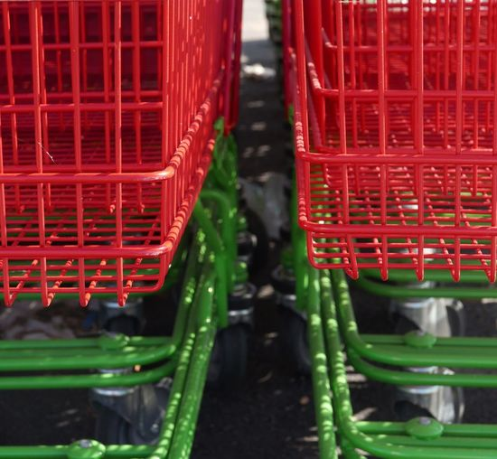 Food Shopping Caddies Supermarket Red And Green