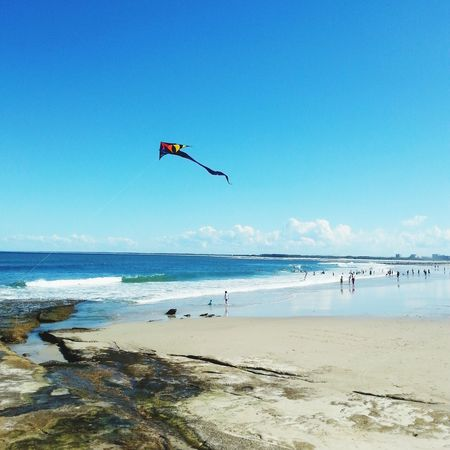 Happy Monday friends! It's School Holidays here so I've been enjoying some fresh air with the kids, and encouraging some screen-free time. Any ideas appreciated!! Beach Kite Clouds And Sky Family Matters Sunshine Coast Australia Life Is A Beach Blue Wave People Of The Oceans