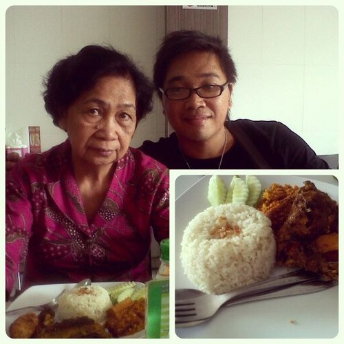Welcome my lovely mom... Lunch at At Mr. Achiang Mother Mymom Lunch Nasiudukachiang