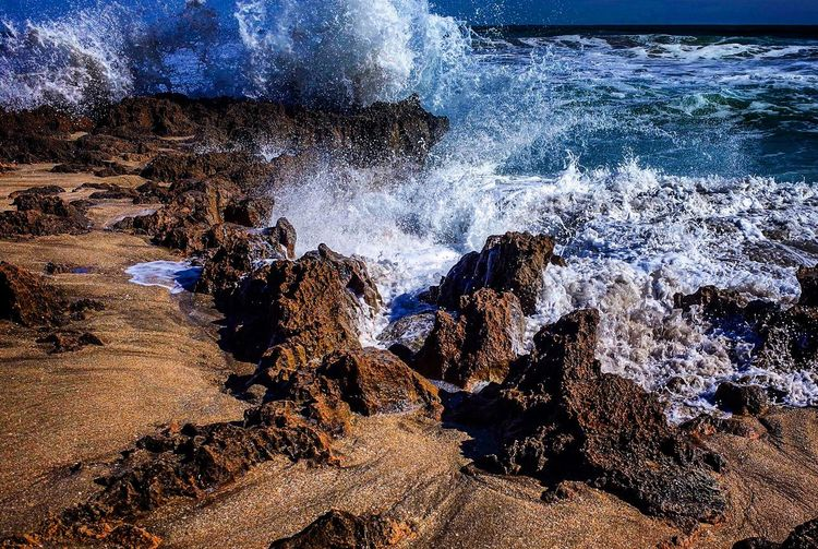 Wave Crash.