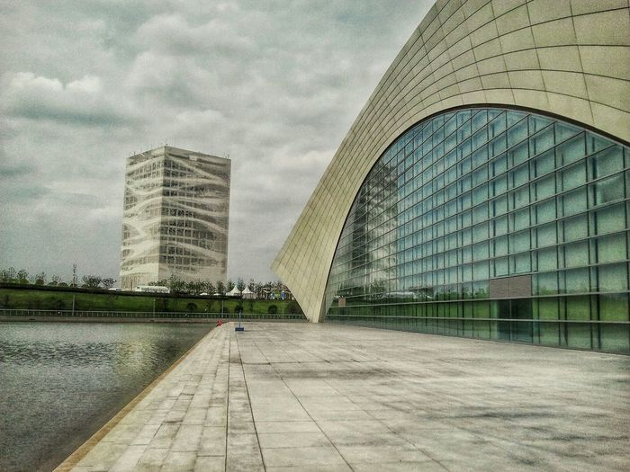 Sports Center Shanghai Urban Geometry Architecture Throw A Curve Modern Architecture Cityscapes I Love My City Learn & Shoot: Leading Lines The Changing City
