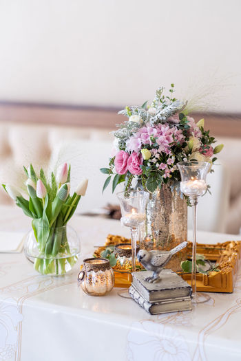 Arrangement Beauty In Nature Bouquet Bunch Of Flowers Close-up Decoration Flower Flower Arrangement Flower Head Flowering Plant Fragility Freshness Glass Indoors  Nature No People Plant Still Life Table Vase Vulnerability  Wedding