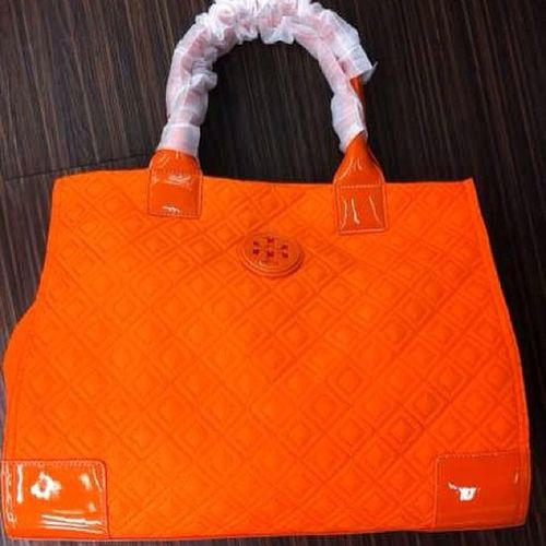 new new model for tory burch...orange color,Sharp... Toryburch Toryburchbag Girls Newmodel orange leather leatherbag