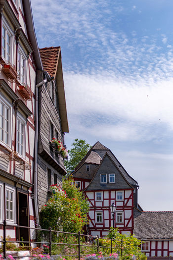 Building Exterior Architecture Built Structure Building Cloud - Sky Sky Residential District Nature Day Plant No People Low Angle View Window House City Outdoors Tree Roof Town Sunlight Row House Apartment Wohnen Heute Restauration Marburg Altstadt
