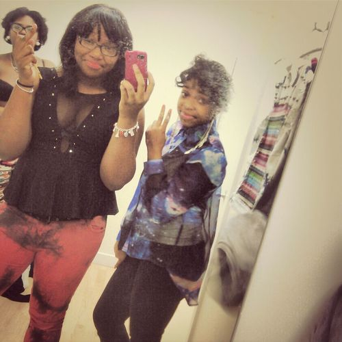 Gahhhh We Was Kute But Excuse Tht Mirror !!!