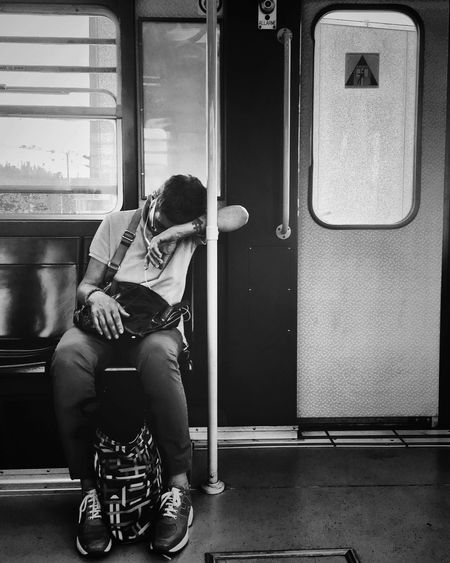 A perfect place for relaxing after a hard day's work | #ShotOniPhone6S #ProCamera | Snapseed//Blackieapp Youmobile EyeEm Relaxing Shootermag Notes From The Underground Grryo Subway